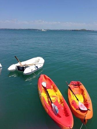 Island Sailing onboard Te Aura - Waiheke Island: Anyone for kayaking?