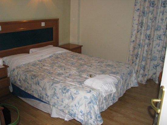Blue Sky Hotel: My bedroom