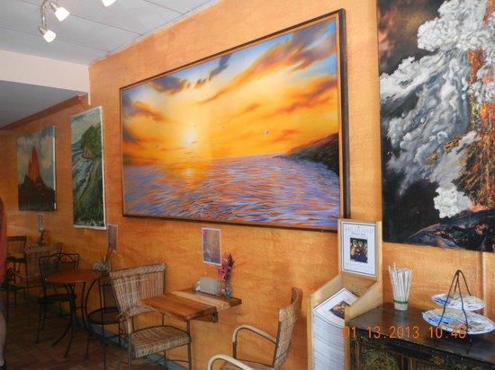 Gio's Gelato and Italian Pastry: interior decor