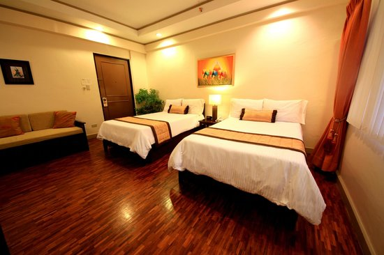 Casa Pura Inn and Suites : Double Twin Room