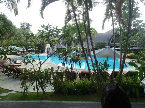 هوتل فيلا لومبونج: view from the front of our room 