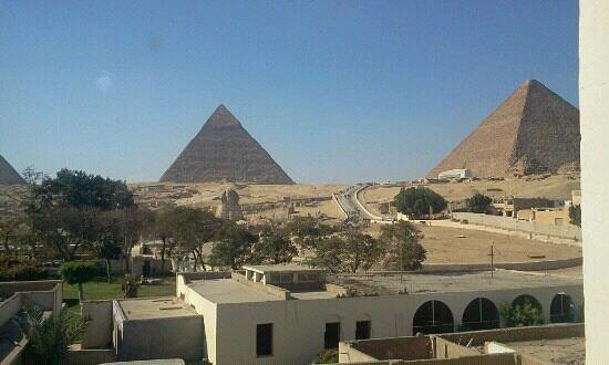 Pyramids View Inn: view from rooftop! incredible!