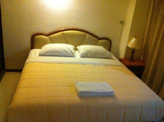 Nanatai Suites: Bed Room