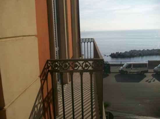 Hotel Miramare: Bay view from room 106