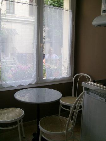 Villa Les Coquelicots: Chambre Les Dahlias
