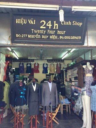 Hai Au Boutique Hotel: 24h, our tailor just a two minute stroll from Hai Au hotel