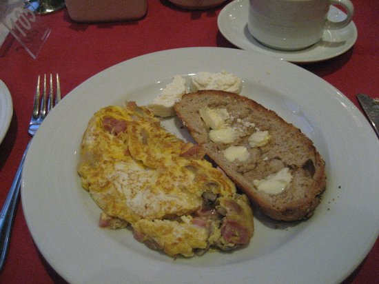 The Residence: Natalie's omelette
