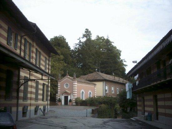 Fontanafredda: la chiesa della tenuta