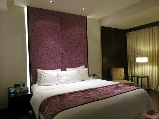 هوتل رويال أوركيد: Room