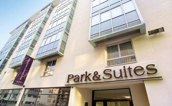 Park suites confort annemasse hotel france voir les for Hotel park et suite