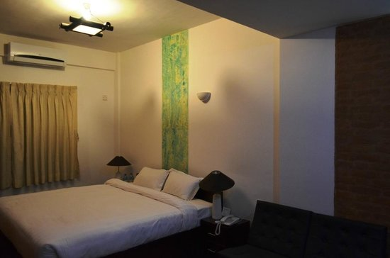 Gaju Suite Hotel: room