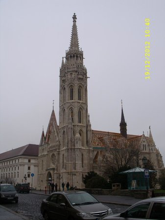 Promenade City Hotel: one of the many churches in buda