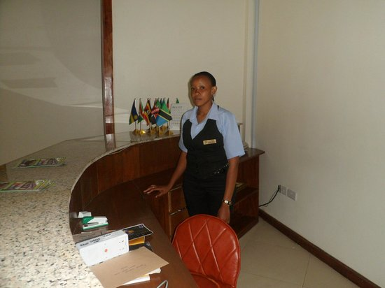 Penguin Resort Hotel: Hotel Reception desk