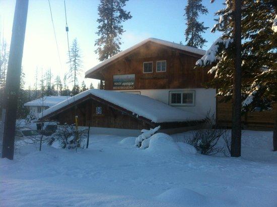 Alpenglow Lodge: Winterwonderland!
