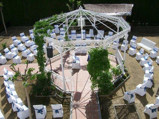Hotel La Zubia: Ceremonia en el jardín