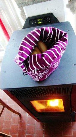 Il Caminetto Resort: il pane sulla stufa a legna...come una volta
