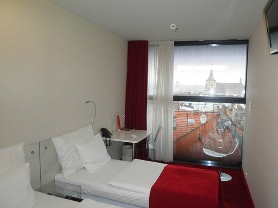 Design Metropol Hotel Prague: Room with a view