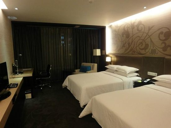 Four Points By Sheraton Bangkok, Sukhumvit 15: 部屋その1