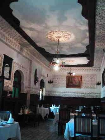 Where to Eat in Algiers Province: The Best Restaurants and Bars
