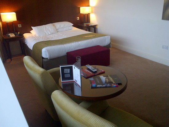 Macdonald Manchester Hotel & Spa: King Size Bed