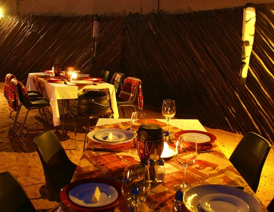 Crocodile Kruger Safari Lodge: Boma evening
