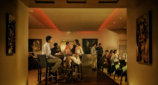 Waterside Grill &Bar: Waterside Bar