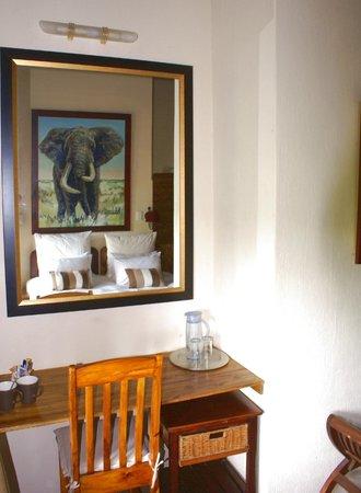 ครอคโคไดล์ ครูเกอร์ ซาฟารีลอดจ์: Luxury bedroom