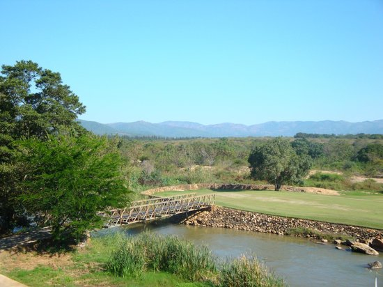 Nkonyeni Lodge & Golf Estate Hotel: Golf Course