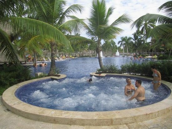 Barcelo Bavaro Palace: pool area and jaccuzi
