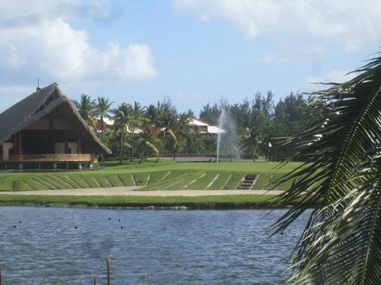 Barcelo Bavaro Palace: hole # 18