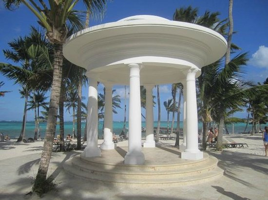 Barcelo Bavaro Palace: outdoor chappel