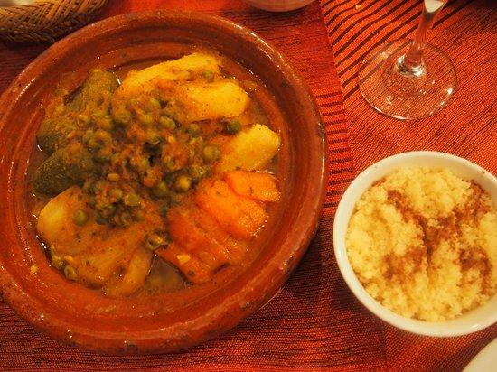 Riad Boussa: Dinner (My favoiurite, Cous Cous!)