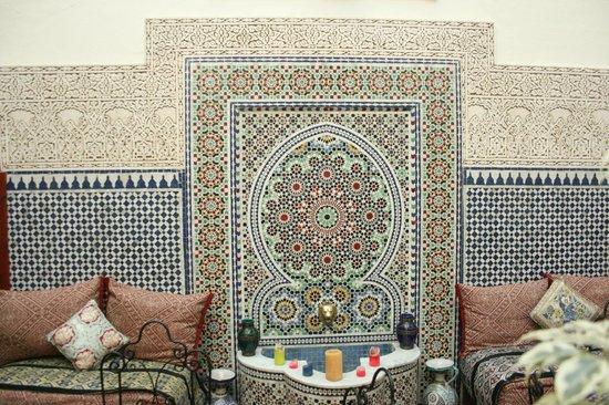 Riad al akhawaine: Precioso patio