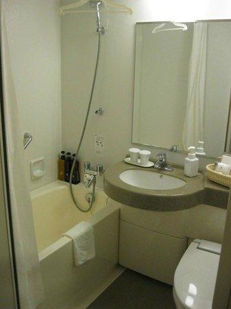 โรงแรมซันรูท พลาซ่า ชินจูกุ: bathroom