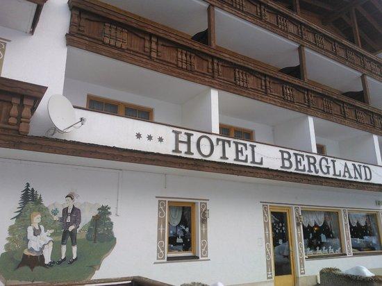 Bergidyll & Hotel Trofana: вид снаружи
