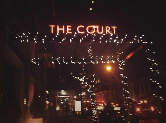 The Court – A St Giles Hotel: out side hotel