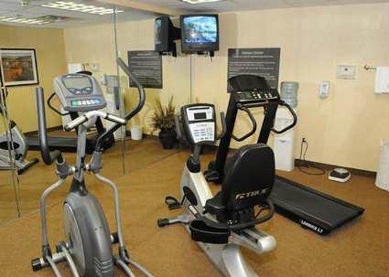 Hampton Inn - Douglas: Hampton Inn Douglas Hotel Fitness Center