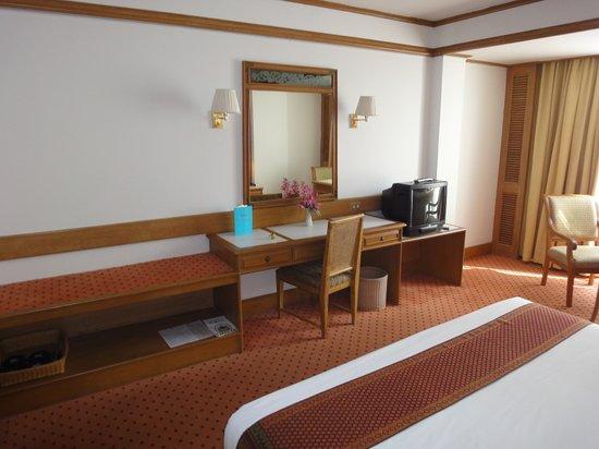 Montien Hotel Bangkok: Superior Zimmer 