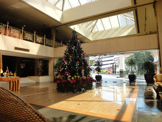 Montien Hotel Bangkok: Lobby
