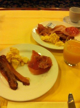 Milan Marriott Hotel: colazione dei campioni ;)