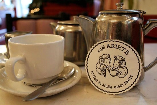 Cafe Ariete: Pot of Tea