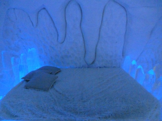 Hotel de Glace: themed room