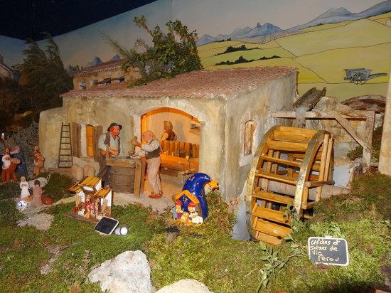 Village Provencal miniature : Le moulin à papier