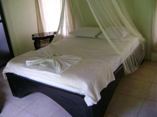 Hotel Catarata Río Celeste: Habitación
