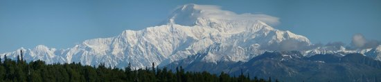 Mt. McKinley Princess Wilderness Lodge: Mount McKinley full shot