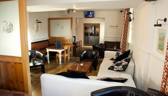 White Swan Hotel: Soft seating area