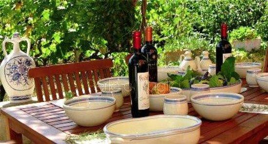 B&B Villa Maggiulli Alfieri - Dimora Storica: Pranzo all'aperto per occasione speciale