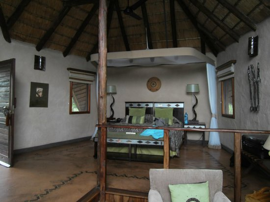Lukimbi Safari Lodge: Suite