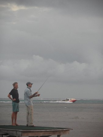 El Pescador Resort: Casting Instruction