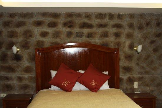 Hotel La Circasiana: habitacion cuevas